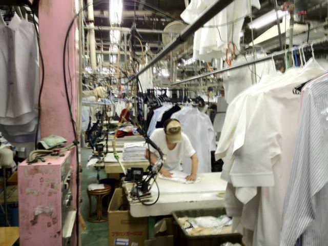 改善前のライン。やや煩雑さが目立ち、工場内のルールがわかりにくい